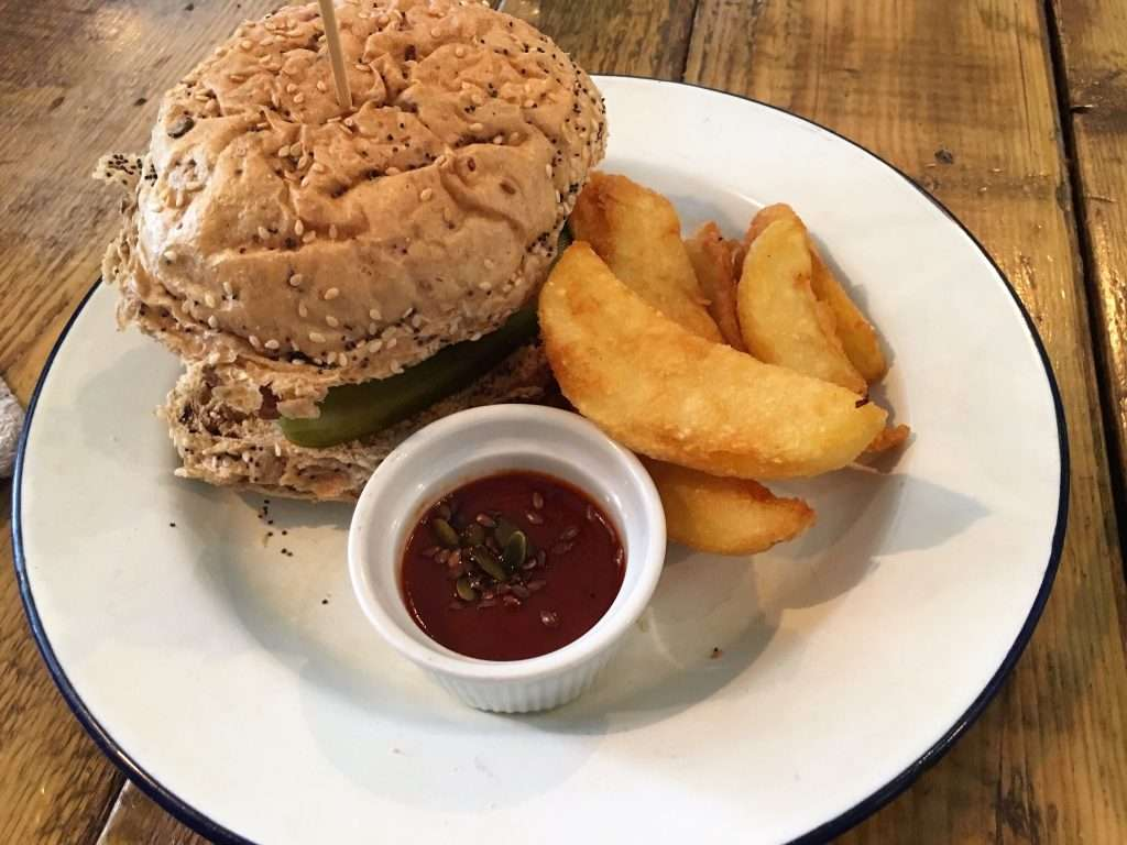Mendoan Burger with chunky chips and BBQ sauce
