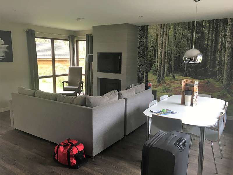 Center Parcs Woburn Forest accommodation - living room